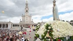 The statue of Our Lady of Fatima carried in procession