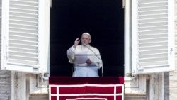 Pope Francis greets pilgrims gathered for the recitation of the Regina Caeli in St Peter's Square