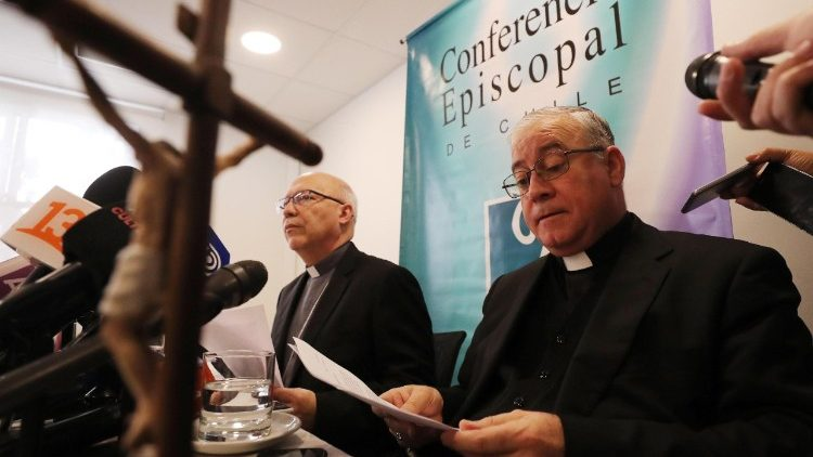 Pope Francis expresses regret in letter to Catholics of Chile