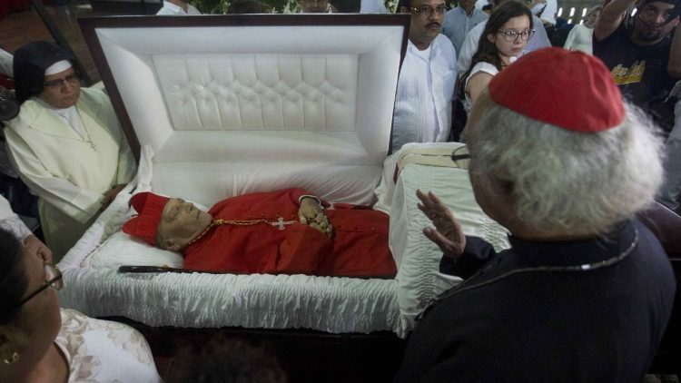 cardinal-miguel-obando-y-bravo-dies-at-the-ag-1528071151329.jpg