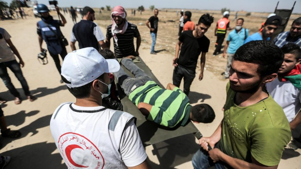 clashes-at-the-gaza-israeli-borders-1528468386791.jpg