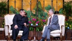 North Korean leader meets with Singapore Prime Minister ahead of summit