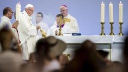Pope at Mass in Geneva: 'Unity found in forgiveness'