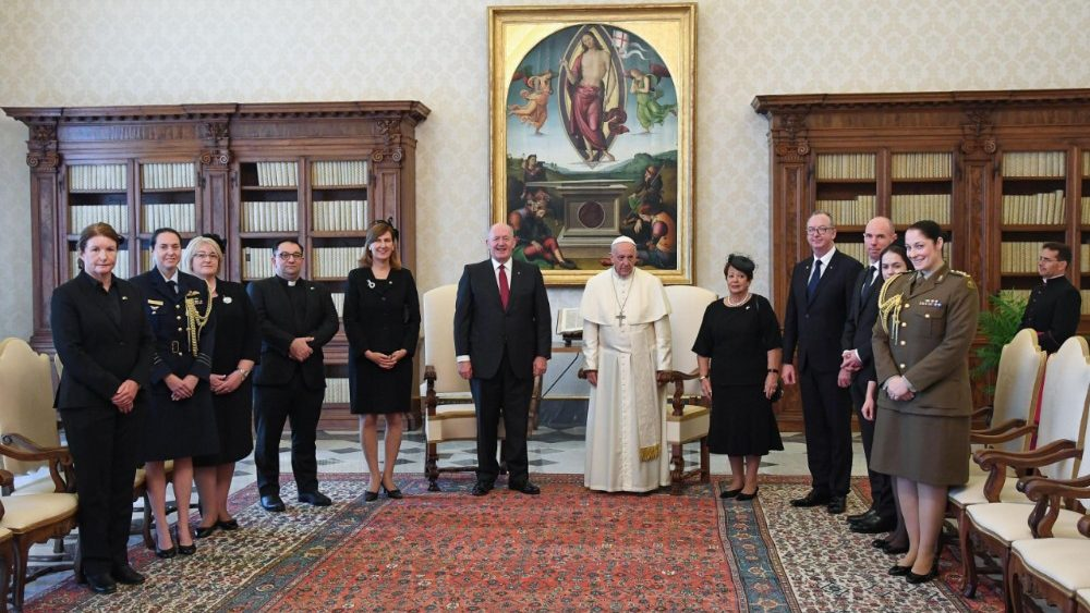 pope-francis-receives-the-governor-general-of-1529921953367.jpg