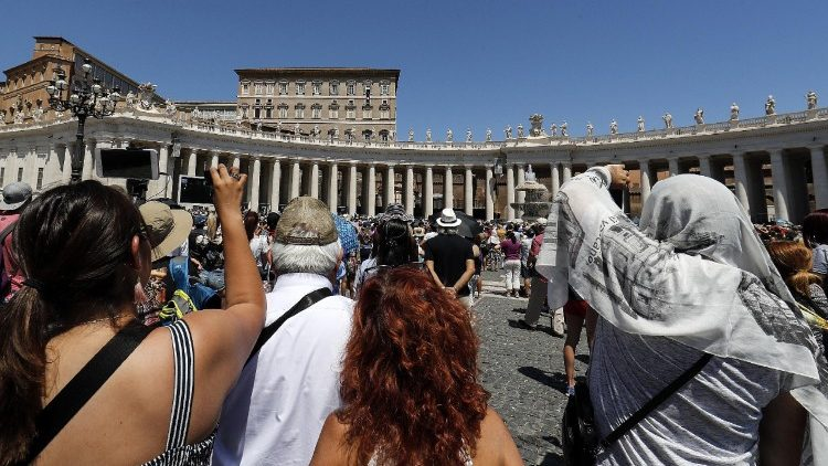 angelus-by-pope-francis-in-st--peter-s-square-1531050458907.jpg