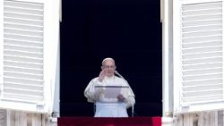 pope-francis--angelus-prayer-1532258181587.jpg