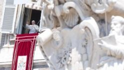 pope-francis--angelus-prayer-1533471617821.jpg