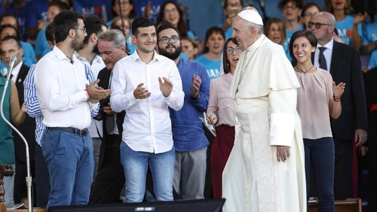 pope-francis--evening-prayer-vigil-with-youth-1534011651004.jpg