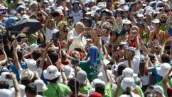 pope-francis--meeting-with-youths-1534073200755.jpg