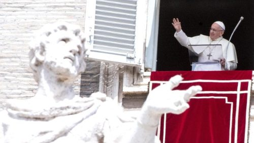 pope-francis--angelus-prayer-1534332998388.jpg