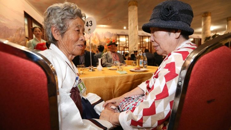 inter-korean-family-reunions-1534765293151.jpg