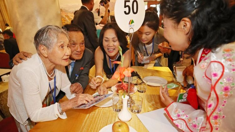 inter-korean-family-reunions-1534770694905.jpg