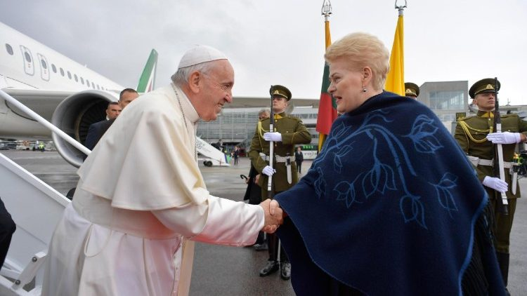 pope-francis-in-lithuania-1537612040481.jpg