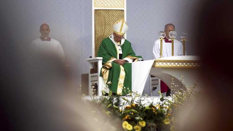 pope-francis-in-lithuania-1537691822613.jpg