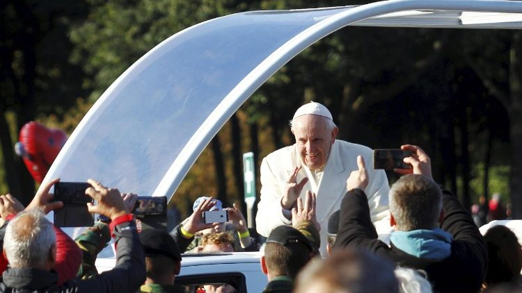 pope-francis-in-lithuania-1537691828505.jpg