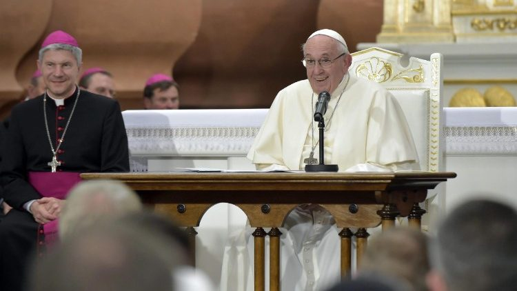 pope-francis-in-lithuania-1537712530454.jpg
