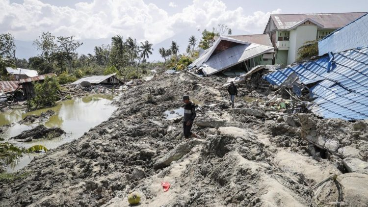 The aftermath of earthquake and tsunami and earthquake in Indonesia's Central Sulawesi province.