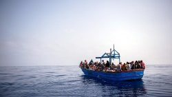 sos-mediterranee-search-and-rescue-operation--1539081382283.jpg