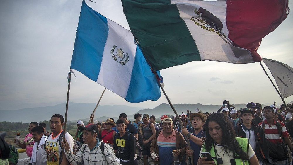 central-american-migrants--caravan-in-mexico-1540672886452.jpg