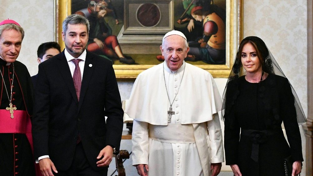pope-francis-receives-paraguay-s-president-ma-1541414176257.jpg