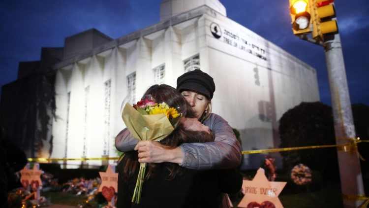 Vigil for victims of synagogue shooting
