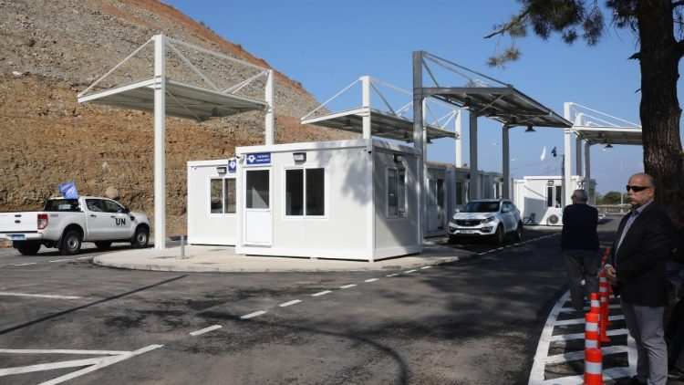 New crossing points in Cyprus