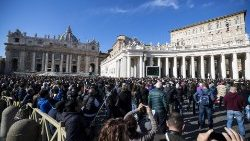 Pope Francis' Angelus on the World Day II of the Poor 18th November