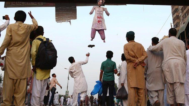 Protest w Pakistanie przeciwko uwolnieniu Asii Bibi