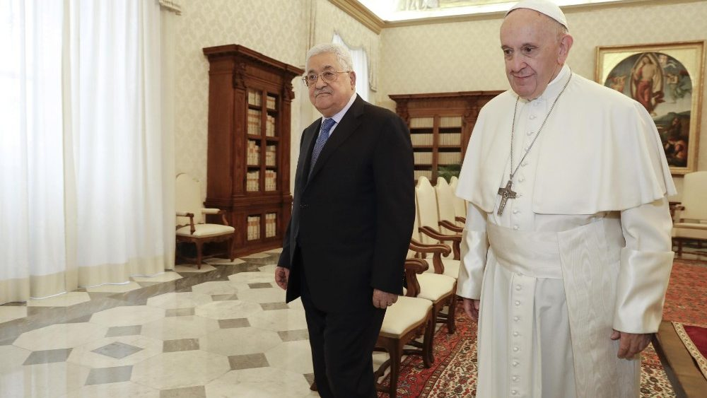 pope-francis-receives-president-of-the-palest-1543840129739.jpg