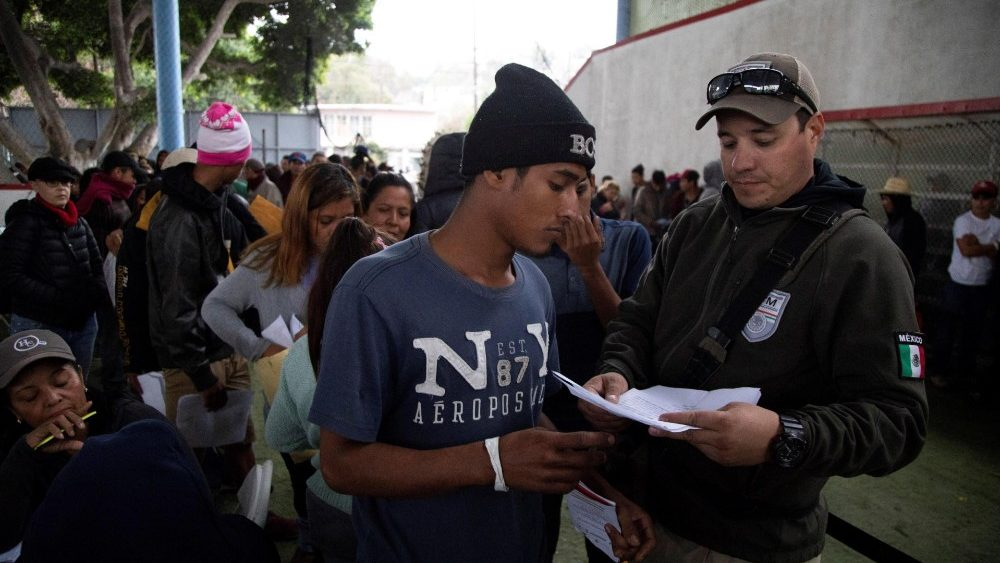 central-american-migrant-shelter-in-tijuana-1544069927854.jpg