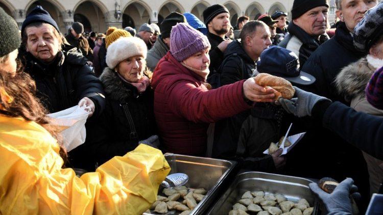 Weihnachtsessen Italien.Italien Mehr Als 60 000 Bedürftige Bei Weihnachtsessen Vatican News