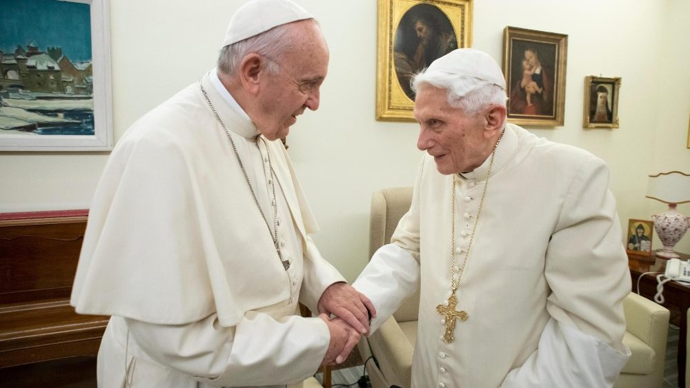 pope-francis-meets-with-benedict-xvi-1545481127508.jpg