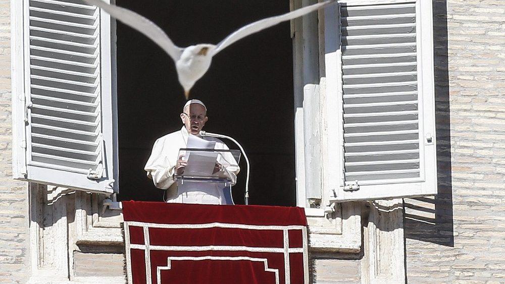 pope-francis--angelus-1546342729754.jpg