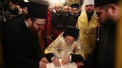 the-ceremony-of-the-tomos-of-autocephaly-for--1546688627620.jpg