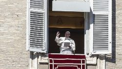 pope-francis--angelus-prayer--1546775931707.jpg
