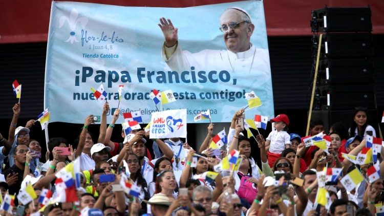 pope-francis-arrives-in-panama-for-the-world--1548283428858.jpg
