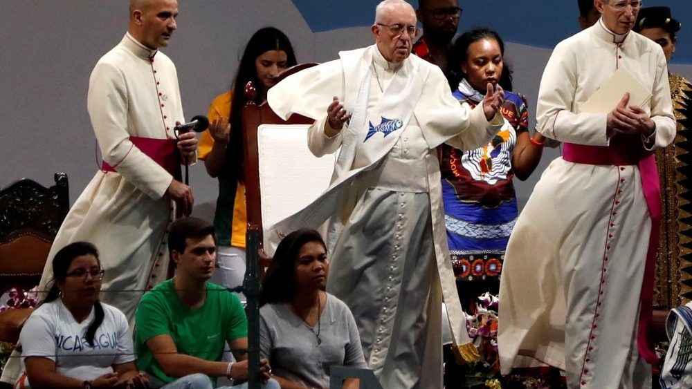 pope-francis-in-panama-for-world-youth-day--w-1548375827499.jpg