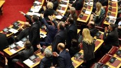 Prespes Agreement ratified by the Greek parliament