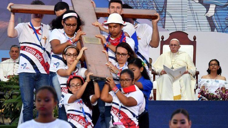 papa--abusi--senza-scrupoli-anche-gente-della-1548489827684.jpg