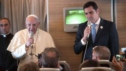 Pope Francis visit in UAE for International Interfaith Meeting aboard Papal plane with Alessandro Gisotti