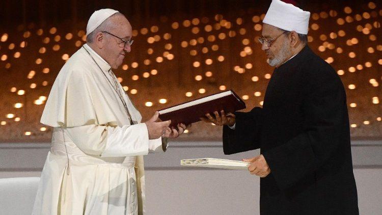 pope-francis--1549298328569.jpg