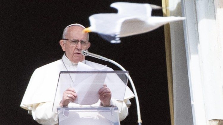 pope-francis--angelus-prayer-1549800285363.jpg