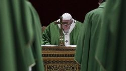 pope-francis-attends-an-eucharistic-celebrati-1550999407940.jpg