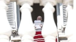pope-francis-during-the-angelus--prayer-1551012601766.jpg