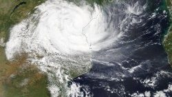 cyclone-idai-makes-landfall-in-mozambique-1552656834583.jpg