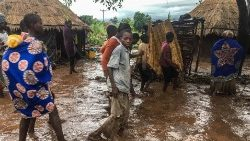 cyclone-idai-passage-aftermath-1552903728776.jpg