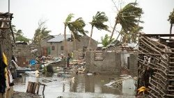 tropical-cyclone-idai-hits-mozambique-1552988034729.jpg