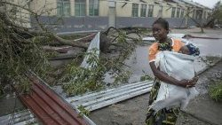 cyclone-idai-wreak-havoc-in-central-mozambiqu-1553001229441.jpg