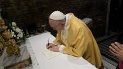Pope Francis signs his post-Synodal Apostolic Exhortation