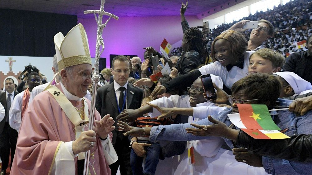pope-francis-visits-morocco-1554052128585.jpg